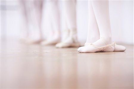 Close up of teenage ballerinas feet poise Stock Photo - Premium Royalty-Free, Code: 649-07063711