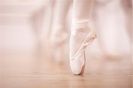 Detail of ballerinas legs in dance studio Stock Photo - Premium Royalty-Free, Code: 649-07063729