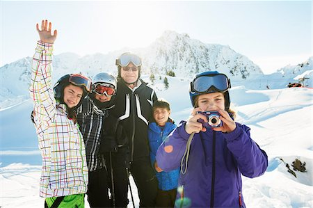 Portrait of skiing family, Les Arcs, Haute-Savoie, France Stock Photo - Premium Royalty-Free, Code: 649-07118127