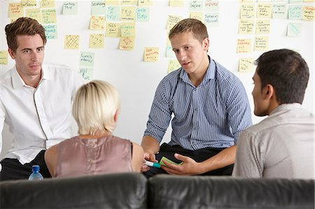 self adhesive note - Colleagues having discussion Stock Photo - Premium Royalty-Free, Code: 649-07118370