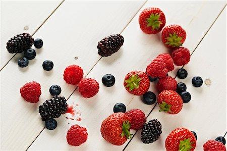 strawberries - Strawberries, raspberries, blackberries and blueberries still life Stock Photo - Premium Royalty-Free, Code: 649-07119020
