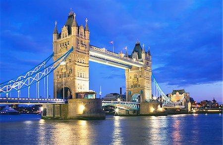Tower Bridge in evening, London, UK Stock Photo - Premium Royalty-Free, Code: 649-07119069