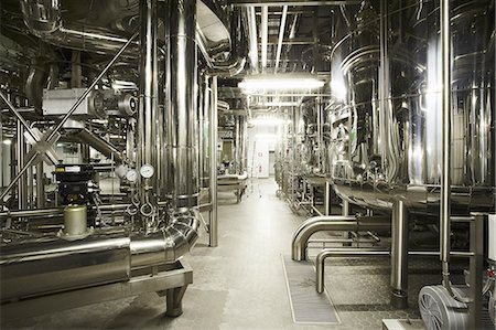 Machinery in a brewery Stock Photo - Premium Royalty-Free, Code: 649-07238734