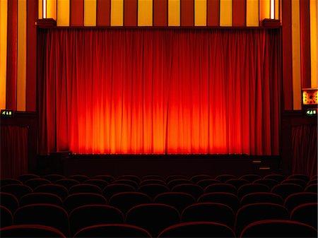 front row seat - Empty retro cinema Stock Photo - Premium Royalty-Free, Code: 649-07238922