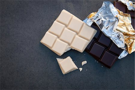 Still life with white and dark chocolate Stock Photo - Premium Royalty-Free, Code: 649-07239309