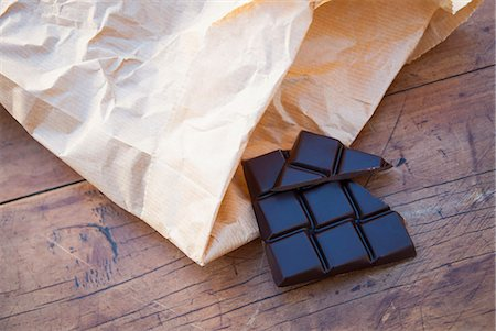 Still life with dark chocolate Stock Photo - Premium Royalty-Free, Code: 649-07239312