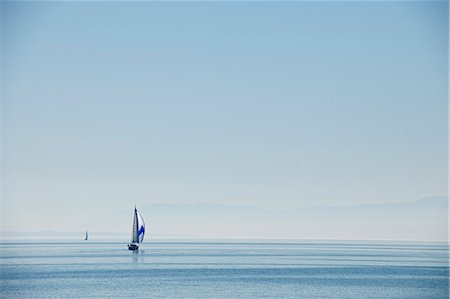 Lake Lausanne, Switzerland Stock Photo - Premium Royalty-Free, Code: 649-07239435