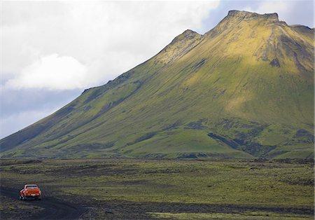 extreme terrain - Customised SUV driving on the Icelandic highlands, Fjallabak, Iceland Stock Photo - Premium Royalty-Free, Code: 649-07239685