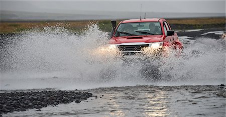 Customised SUV driving through river, Thorsmork, Iceland Stock Photo - Premium Royalty-Free, Code: 649-07239682
