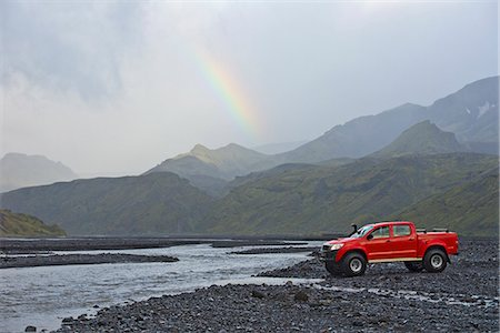 Customised SUV waiting to cross the glacial river Krossa, Thorsmork, Iceland Stock Photo - Premium Royalty-Free, Code: 649-07239683