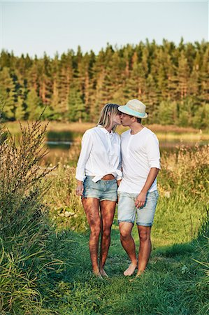 Romantic young couple kissing, Gavle, Sweden Stock Photo - Premium Royalty-Free, Code: 649-07280966