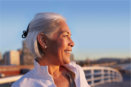 portrait looking away - Close up profile of silver-haired mature woman Stock Photo - Premium Royalty-Free, Code: 649-07520139