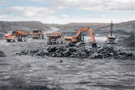 people working coal mines - Machines working in surface coal mine Stock Photo - Premium Royalty-Free, Code: 649-07520513