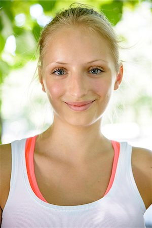 female - Close up portrait of female basketball player in park Stock Photo - Premium Royalty-Free, Code: 649-07520888