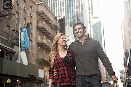 enjoying - Young couple on vacation, New York City, USA Stock Photo - Premium Royalty-Free, Code: 649-07559976