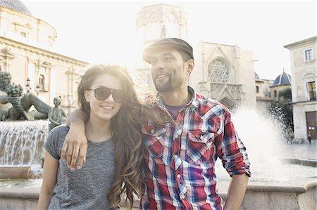 Tourist couple posing, Plaza de la Virgen, Valencia, Spain Stock Photo - Premium Royalty-Free, Code: 649-07560090