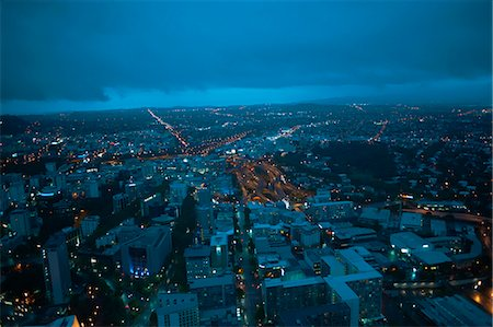 High angle view of Auckland at night, New Zealand Stock Photo - Premium Royalty-Free, Code: 649-07560449