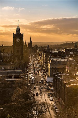 View of Princes Street in Edinburgh from Calton Hill Stock Photo - Premium Royalty-Free, Code: 649-07560508