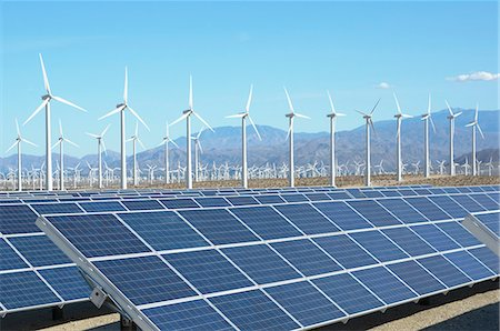 Photovoltaic solar panels and wind turbines, San Gorgonio Pass Wind Farm, Palm Springs, California, USA. This solar installation has a 2.3 MW capacity Stock Photo - Premium Royalty-Free, Code: 649-07648209