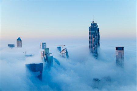 fog (weather) - Downtown Dubai at dawn, United Arab Emirates Stock Photo - Premium Royalty-Free, Code: 649-07710300