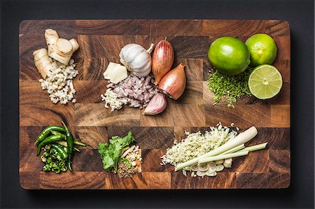 rectangle - Ingredients for making green curry paste Stock Photo - Premium Royalty-Free, Code: 649-07710499