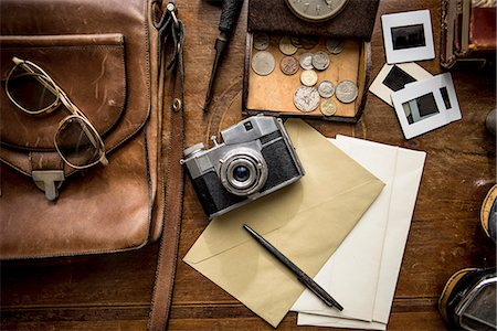 Still life of group of vintage objects on table Stock Photo - Premium Royalty-Free, Code: 649-07736485