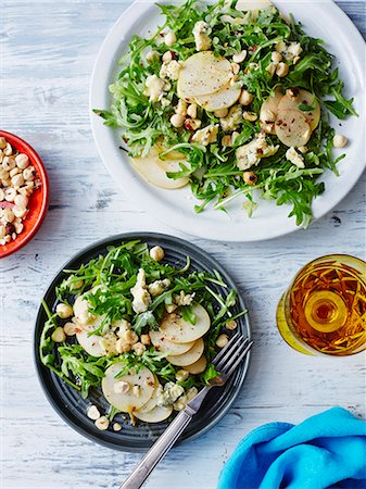 delicious - Fresh pear, blue cheese and hazelnut salad Stock Photo - Premium Royalty-Free, Code: 649-07736538