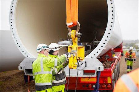 Engineers working on wind turbine Stock Photo - Premium Royalty-Free, Code: 649-08085526