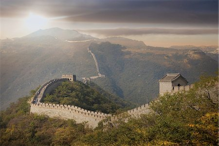 View of The Great Wall at Mutianyu, Bejing, China Foto de stock - Sin royalties Premium, Código: 649-08086778