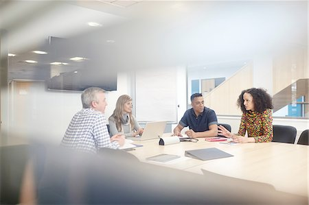 Business team meeting at conference table Stock Photo - Premium Royalty-Free, Code: 649-08117803