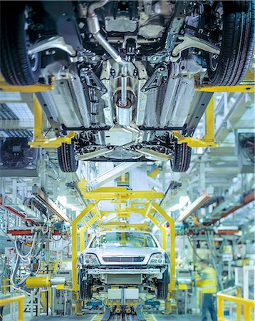 Cars on production line in car factory Stock Photo - Premium Royalty-Free, Code: 649-08119347