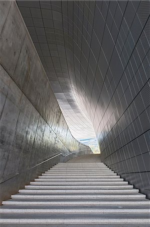 Stairway in the Dongdaemun history and culture park in the east part of Seoul, South Korea Stock Photo - Premium Royalty-Free, Code: 649-08145585