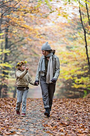 Mother and daughter walking in autumn forest Stock Photo - Premium Royalty-Free, Code: 649-08306780