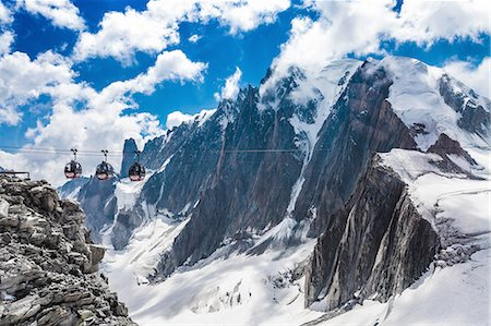 france - Elevated view of cable cars over snow covered valley at Mont blanc, France Stock Photo - Premium Royalty-Free, Code: 649-08328978