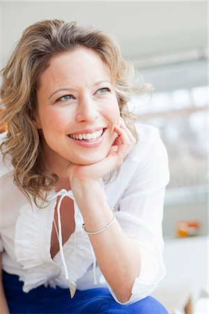 Woman portrait smiling Stock Photo - Premium Royalty-Free, Code: 649-03486986