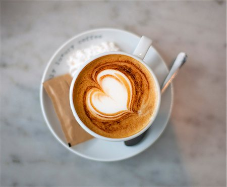 Cappuccino with heart Stock Photo - Premium Royalty-Free, Code: 649-03769858