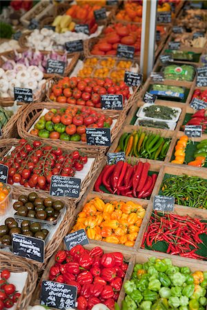 Various vegetables presented on a market Stock Photo - Premium Royalty-Free, Code: 649-03771920