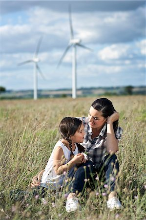 Mother and daugther in a field Stock Photo - Premium Royalty-Free, Code: 649-03796999