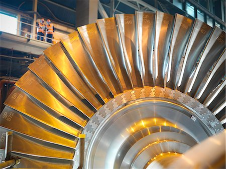 Workers with turbine in power station Stock Photo - Premium Royalty-Free, Code: 649-03883739