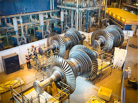 Workers with turbines in power station Stock Photo - Premium Royalty-Free, Code: 649-03883746