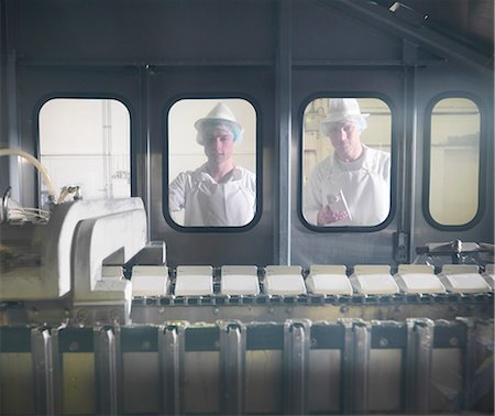 food processing plant - Worker with goat's milk in dairy Stock Photo - Premium Royalty-Free, Code: 649-03883771