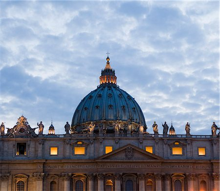 religious cross nobody - Italy, Rome, Vatican City, St. Peter's Basilica at dusk Stock Photo - Premium Royalty-Free, Code: 640-06050014