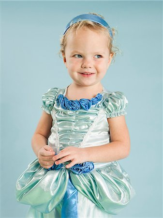 dress up girl - Portrait of girl (2-3) in princess costume for Halloween Stock Photo - Premium Royalty-Free, Code: 640-06963591