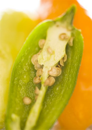 pimento - Close-up of chili pepper (cross section) Stock Photo - Premium Royalty-Free, Code: 640-01359356