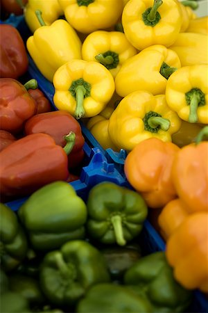 pimento - High angle view of bell peppers Stock Photo - Premium Royalty-Free, Code: 640-01360894