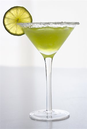 Close-up of a glass of martini Stock Photo - Premium Royalty-Free, Code: 640-01361615