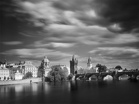 City skyline with bridge and canal black and white Stock Photo - Premium Royalty-Free, Code: 640-01601804