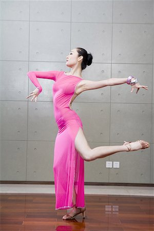 a female dancer Stock Photo - Premium Royalty-Free, Code: 642-02006074