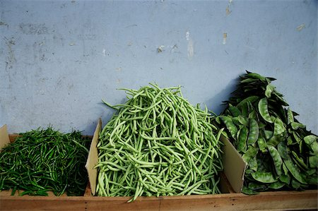 Three types of green beans in Little India,Singapore. Stock Photo - Premium Royalty-Free, Code: 655-03082771
