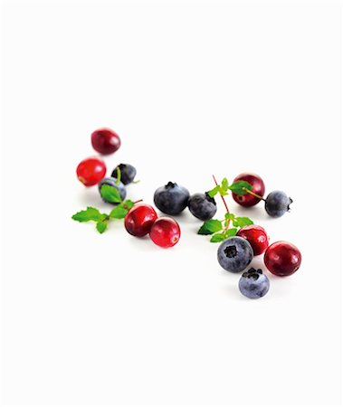 Cranberries and blueberries Stock Photo - Premium Royalty-Free, Code: 659-06154528